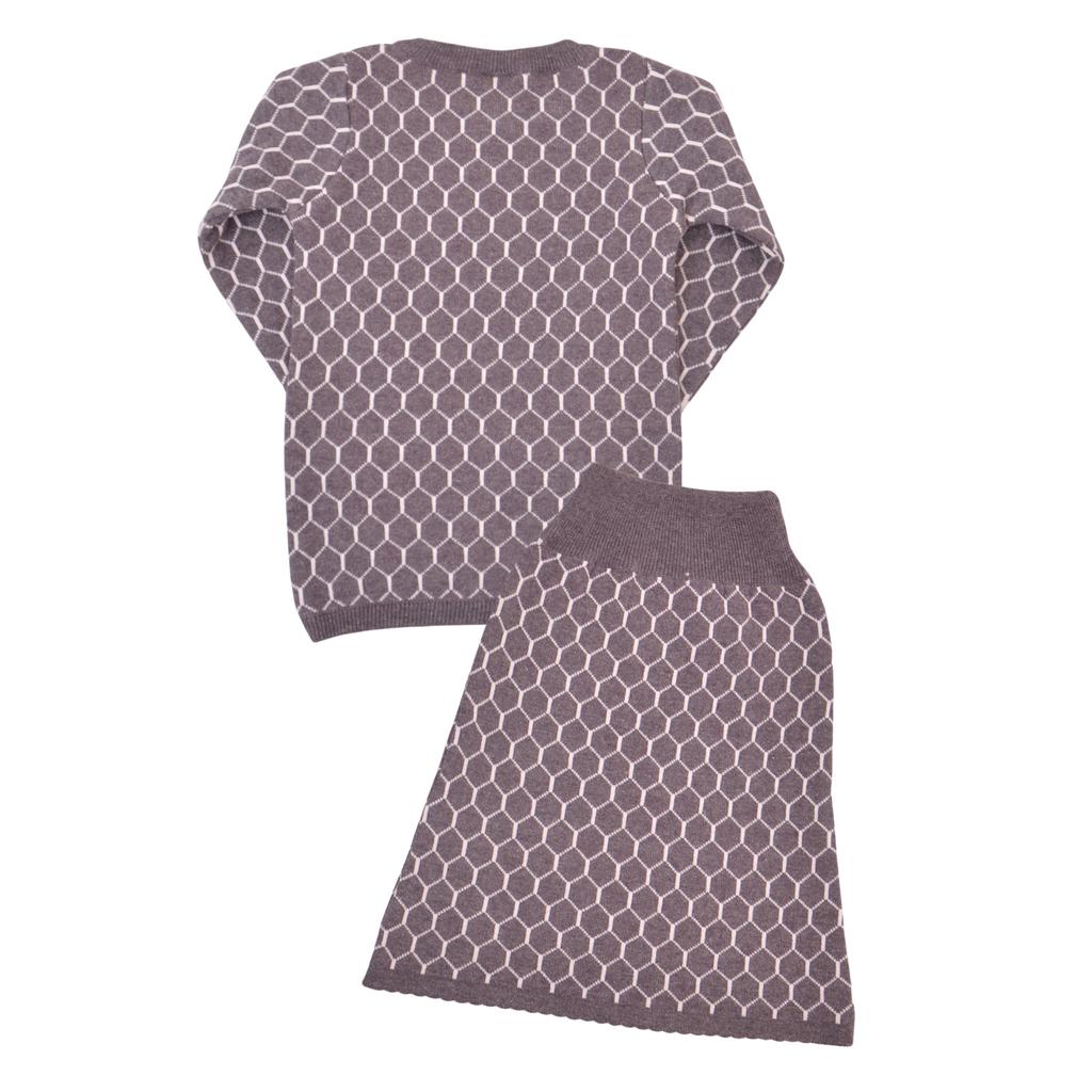 Елегантен детски плетен комплект от блуза и пола лилав