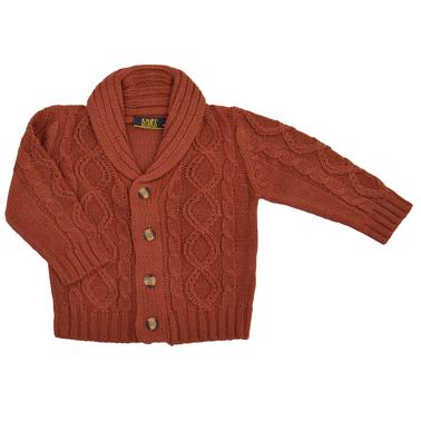 Елегантна детска плетена жилетка с яка керемидена