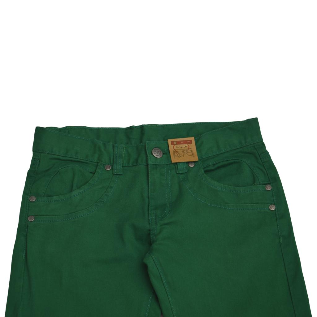 Прав памучен панталон зелен