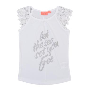 Тениска с дантелен ръкав и надпис с брокат в бяло