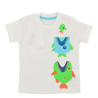 Тениска с лакоми рибки и джобче екрю