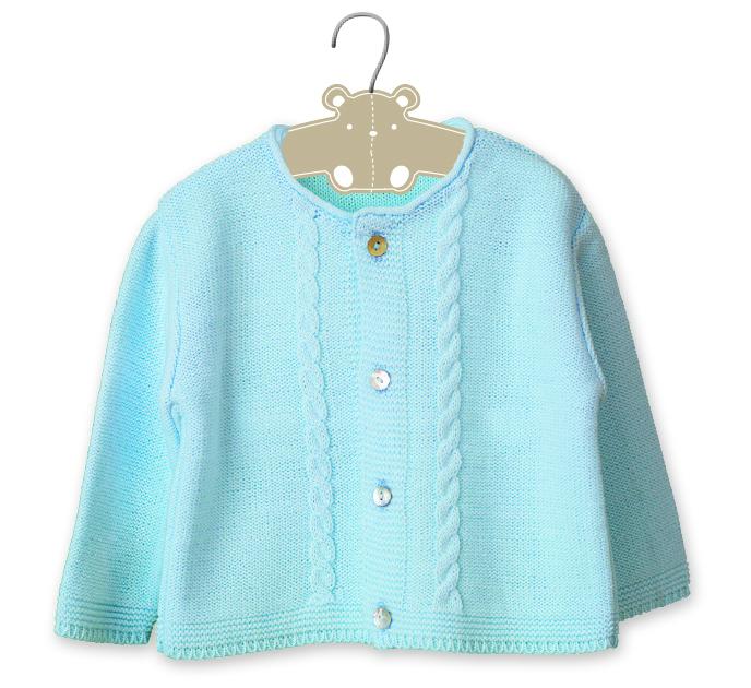 Бебешка плетена жилетка с плетеници светло синя