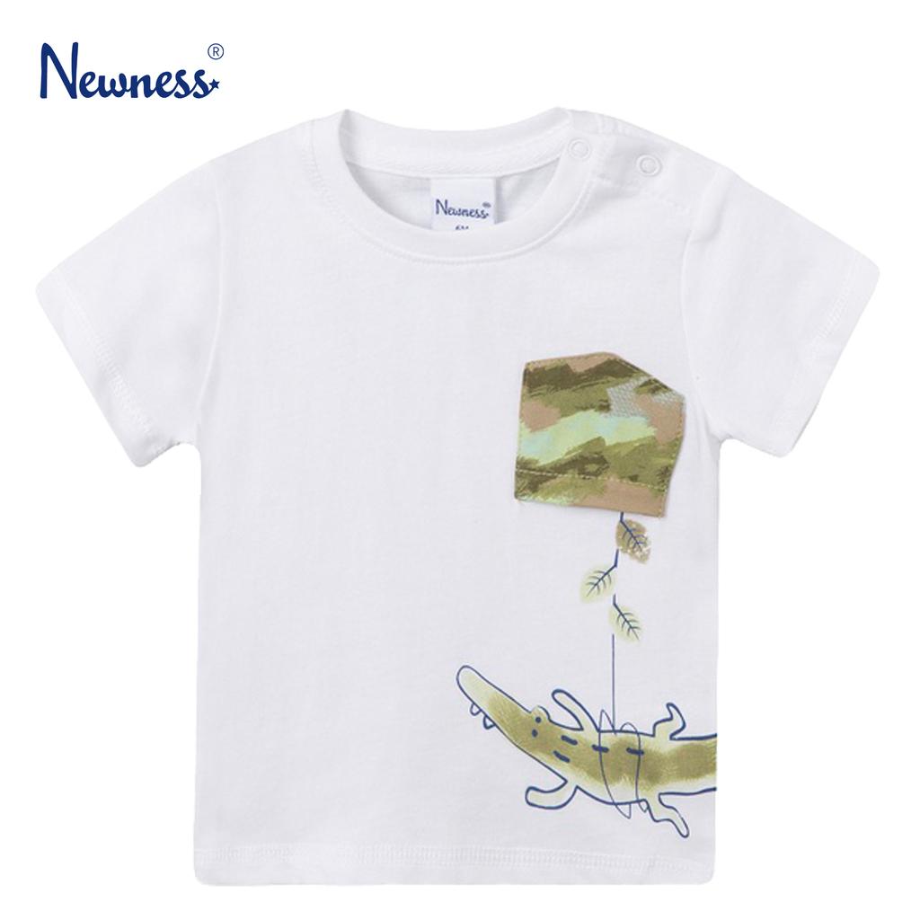 Тениска с обърнат джоб и крокодилче от Newness в бяло