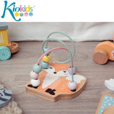 Забавна дървена играчка лисиче с топчета