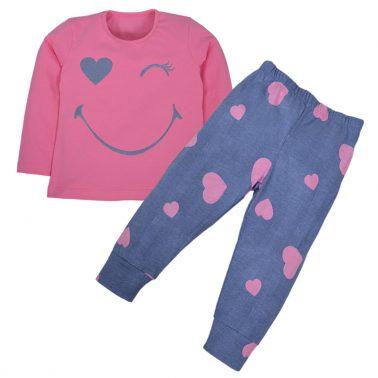 Весела розова пижама с усмивка и сърца