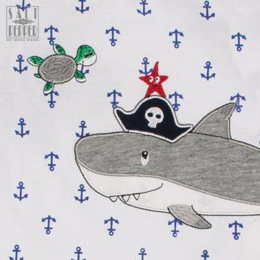 Тениска с котви и бродирана акула от Salt & Pepper в синьо