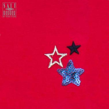 Клин Salt & Pepper в малиново червено със звезди