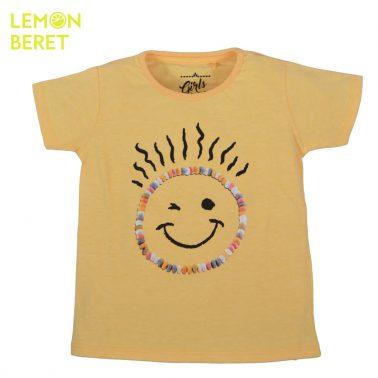 Тениска с личице от бонбони от Lemon Beret в цвят праскова