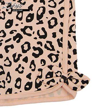 Къси панталонки с леопардова шарка в розово и кокетни панделки
