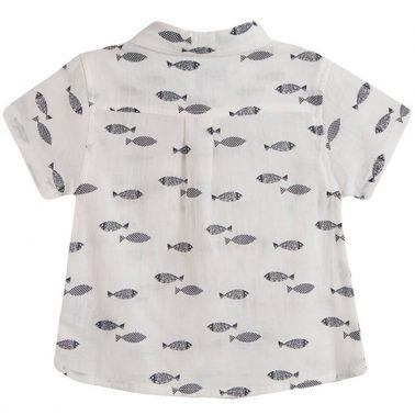 Риза къс ръкав Newness в бяло с рибки и джобче