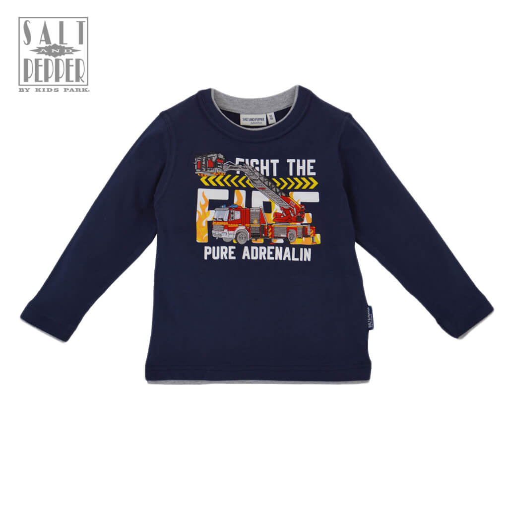 Детска блуза с дълги ръкави и апликация с пожарна кола в тъмно синьо
