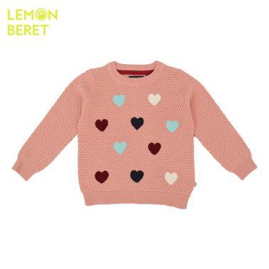 Детски пуловер с релефна плетка и цветни сърца розов