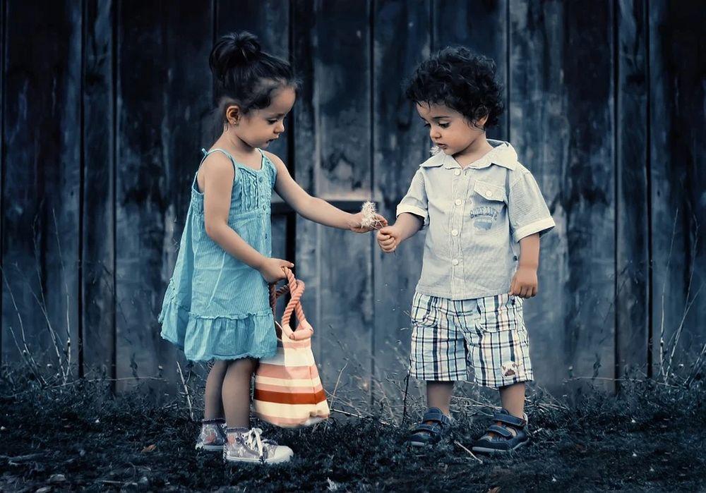 Детски раници – стилен подарък, незаменим аксесоар, а защо не и любима играчка