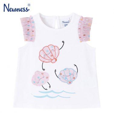 Бебешка блуза с къдрички на ръкавите и ефектна аплиакция с мидички бяла
