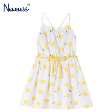 Детска трикотажна рокля с тънки презрамки и коланче с лимони бяла