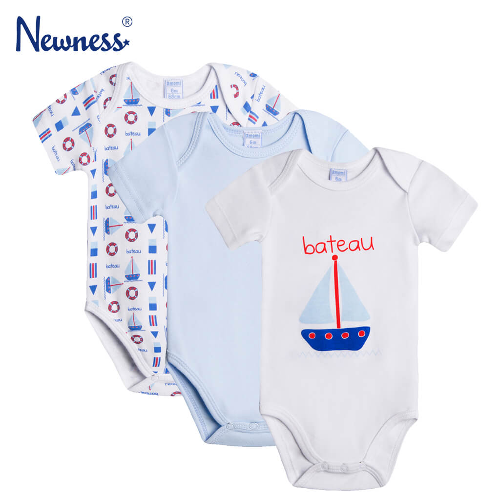 Комплект от 3 броя памучно бебешко боди с параходи в светло синьо