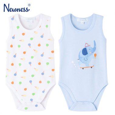 Комплект от 2 броя бебешко боди-потник в бледо синьо