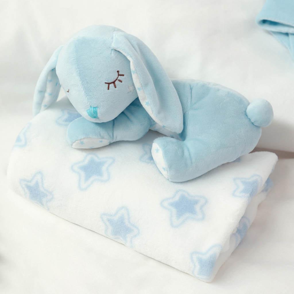 Бебешка плюшена играчка зайче с одеялце в синьо