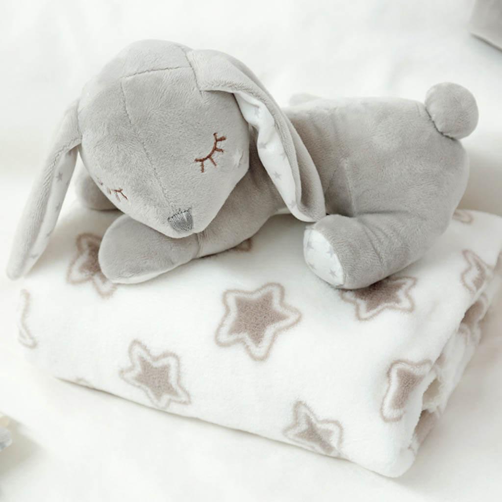 Бебешка плюшена играчка зайче с одеяло в сиво