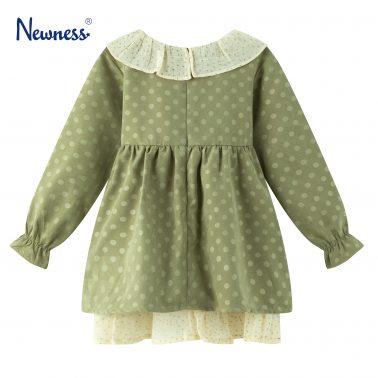 Детска рокля с кръгла яка и панделка в зелено