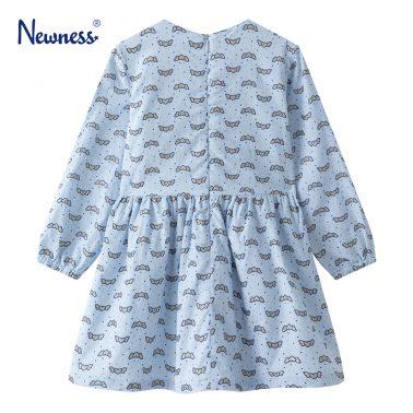 Детска рокля от плюш с панделки и щампа на сърца в синьо