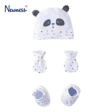 Бебешки комплект шапка ръкавици и терлици с панда в бяло