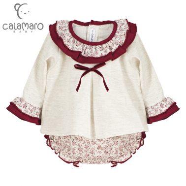 Комплект на цветчета блуза с къдри и гащи в бордо